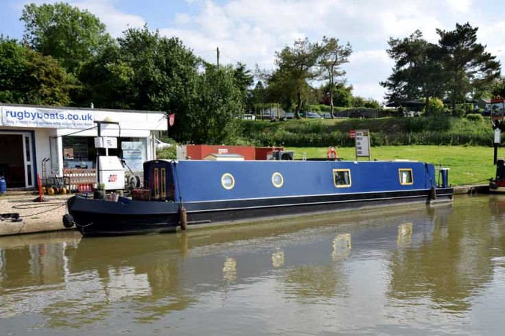 Butterfly - 50ft Cruiser Stern Narrowboat 2014 - Rugby Boats