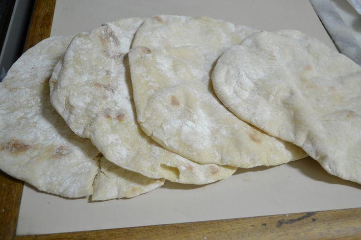 Pão árabe ou pão pita | Pães e salgados > Receitas de Pão | Receitas Gshow