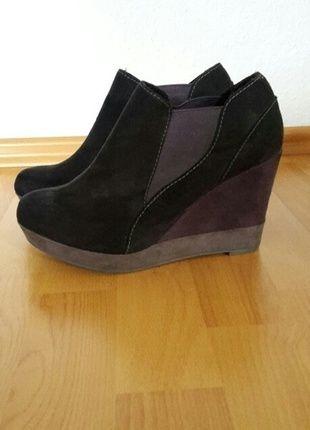 Kaufe meinen Artikel bei #Kleiderkreisel http://www.kleiderkreisel.de/damenschuhe/stiefeletten/113887044-keilabsatz-stiefeletten-anke-boots