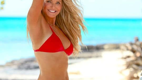 Christie Brinkley, 63, makes splash in 'Sports Illustrated' Swimsuit Issue