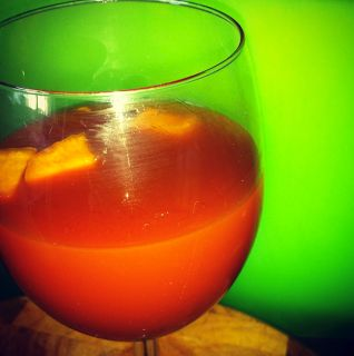 Christmas Fruit Punch (Non-Alcoholic Mulled Wine) - because I used to LOVE mulled wine!