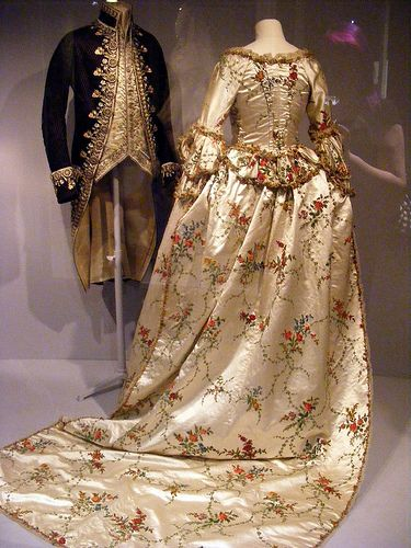 Another candidate for Mary's presentation at court? court Mantua 1717-85
