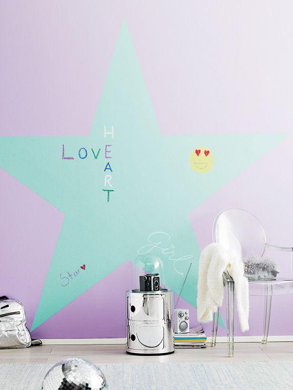 Pokój dziecięcy - dekoracja wykonana farbą tablicową Tikkurila Liitu. #kids #kidsroom #farbatablicowa #chalkboard