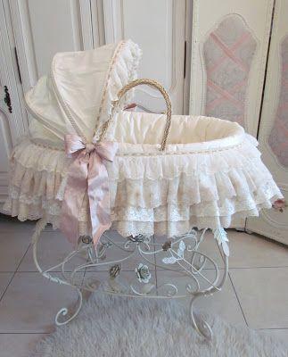 beautiful vintage bassinet ♥ #shabbychic
