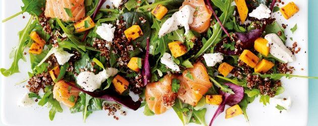 Recept: Sötpotatissallad med rå lax, quinoa och fetaost   I FORM