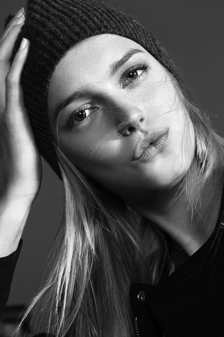 Sigrid Agren Beautiful Photograph very Sensual, Captivating Look in Her Eye's &  Mouth. So Alluring.!!!