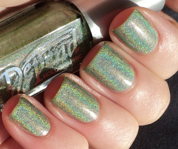Chanel Holographic Nail Polish: 17 Best Images About Holographic Nail Polish On Pinterest