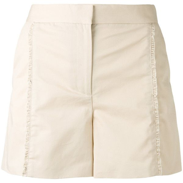 Ps By Paul Smith ruffle shorts (17,900 PHP) ❤ liked on Polyvore featuring shorts, white, ps paul smith, ruffle trim shorts, beige shorts, flounce shorts and ruffle shorts