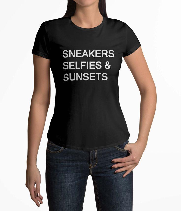 Tricou Femei Personalizat Sneakers Selfies & Sunsets