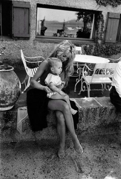 Brigitte Bardot I hope to look like that when I become a mother...:)