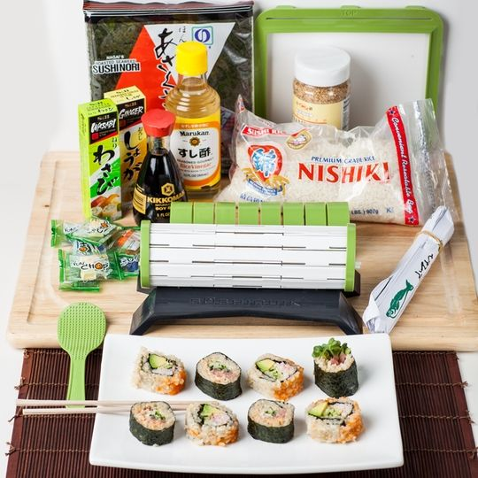 i personally do not like sushi but think it is a beautiful food artform with cuisine en kit but. Black Bedroom Furniture Sets. Home Design Ideas