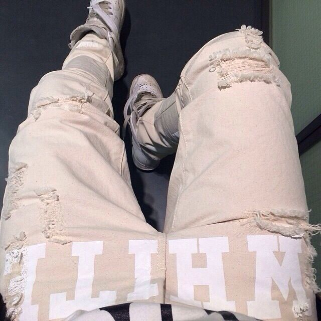 OFF WHITE  @labelsfashion