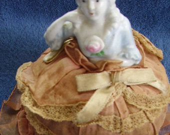 Articoli simili a half doll pincushion doll shabby chic vanity boudoir doll su Etsy