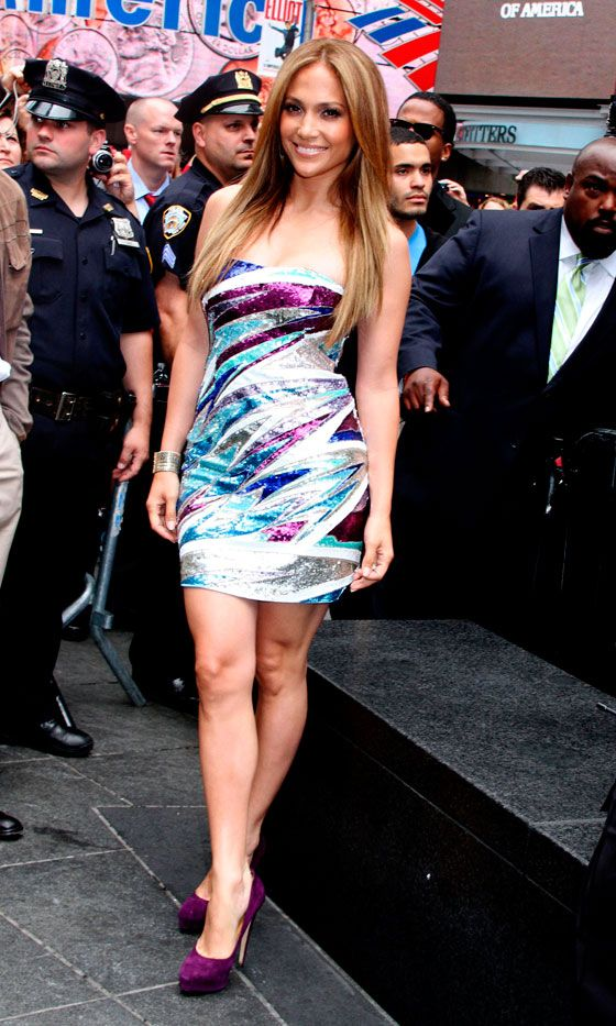 Jennifer Lopez Rocks A Pucci Mini Dress And Matching Heels, 2010