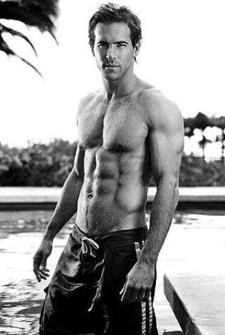 Ryan Reynolds  sexy-men