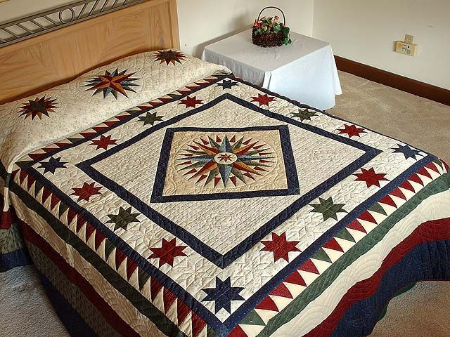 Mariners Compass Quilt -- superb adeptly made Amish Quilts from Lancaster (hs1837)