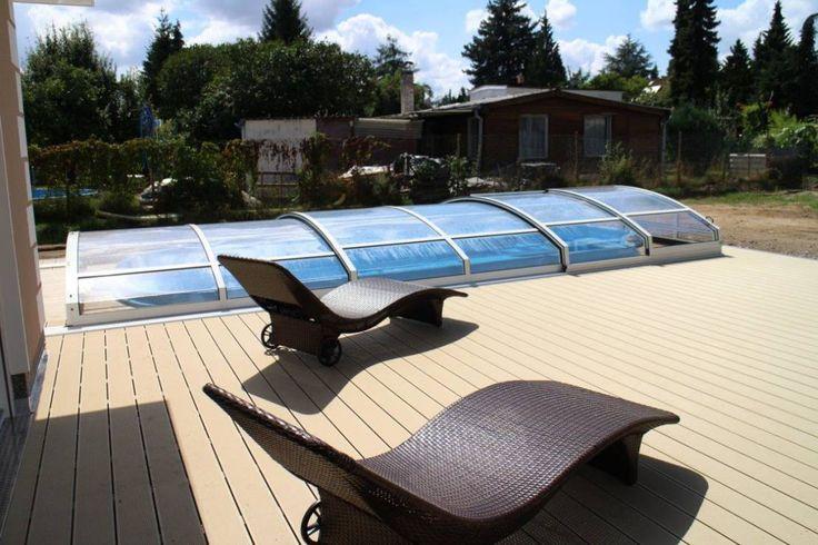 Unsere Experten von Alutherm Deutschland haben sich neben hochwertigen Schwimmbädern und Pools auch auf deren Überdachungen spezialisiert. Ob mit oder ohne Schienen, rund oder eckig, klein oder groß - jede Überdachung wird zentimetergenau für den Kunden angefertigt.
