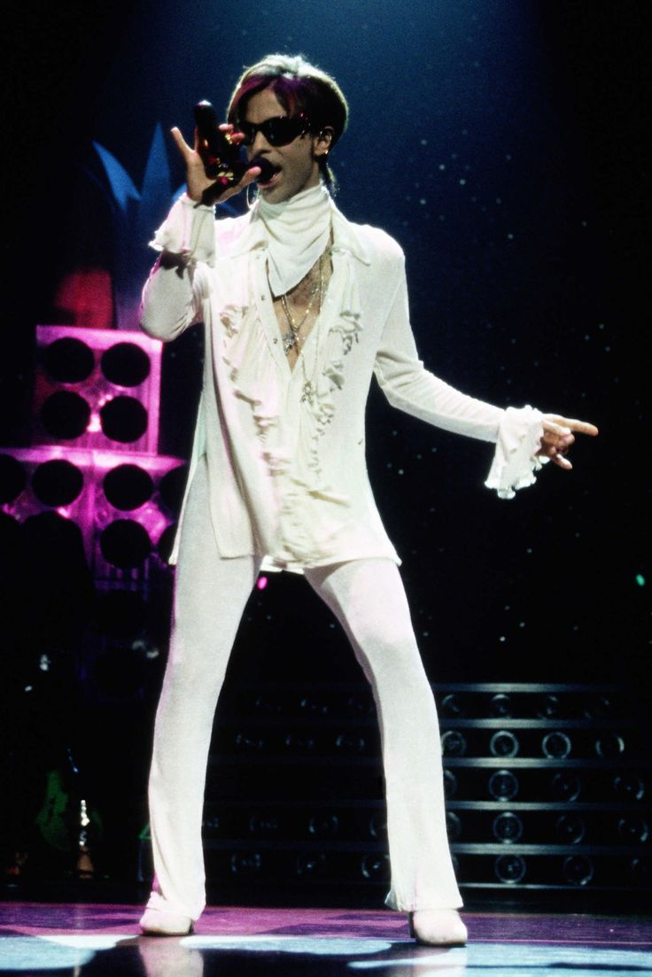 A Look at Prince's Sexy 4-Decade Style Reign: September 25, 1998