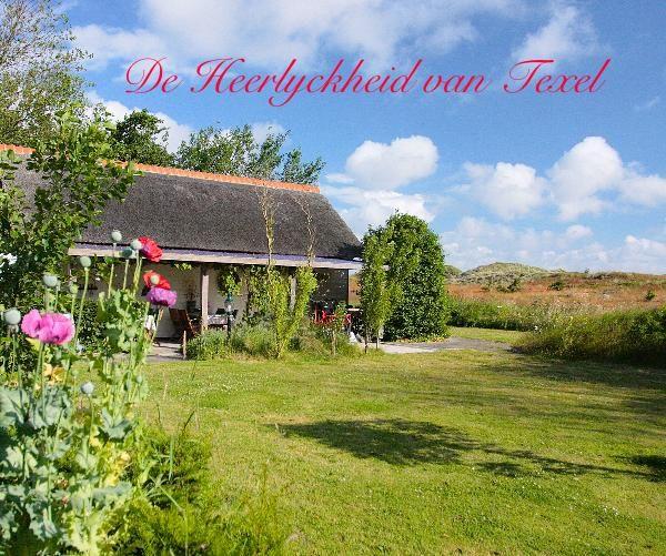 U kunt genieten van een fotoboek over de Heerlyckheid van Texel, Bed & Breakfast op het waddeneiland. Een boek vol met sfeervolle foto's van het leven op het eiland Texel en een aantal recepten van de Heerlyckheid. Leuk om voorpret te hebben of als herinnering aan uw bezoek aan de Heerlyckheid van Texel.