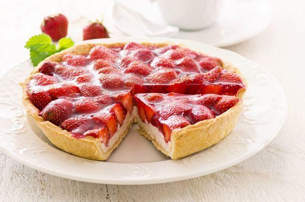 Glazed Strawberry Cream Tart