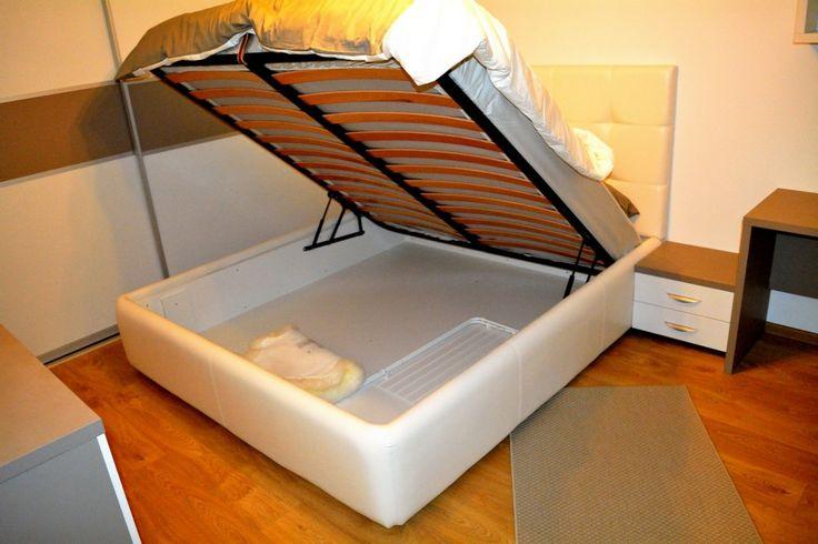 Mobilier Dormitor Pat Tapitat in Piele Ecologica Alba Pal U727ST22 si W1000ST22 cu somiera rabatabila