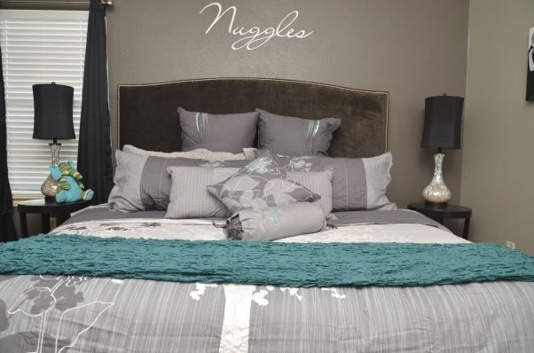17 best images about grey and turquoise bedroom on for Black white turquoise bedroom ideas