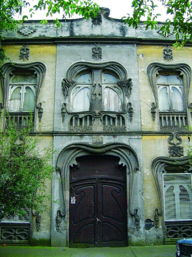 Art Nouveau house in Mexico City: Casa Prunes