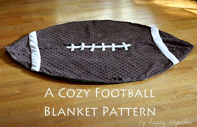 football blanket  http://www.happytogethercreates.com/2011/10/cozy-football-blanket-pattern-free.html