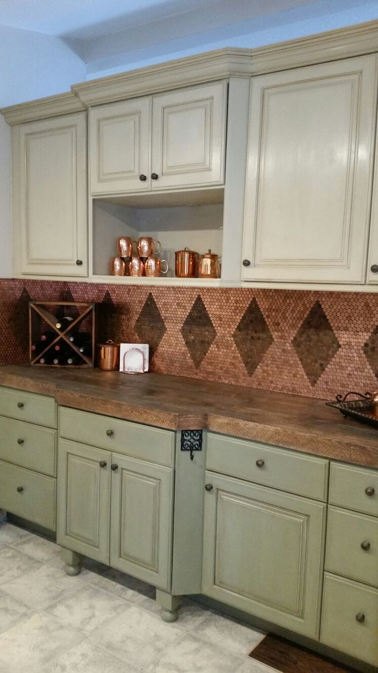 Best 25 penny backsplash ideas on pinterest penny wall for Kitchen penny backsplash