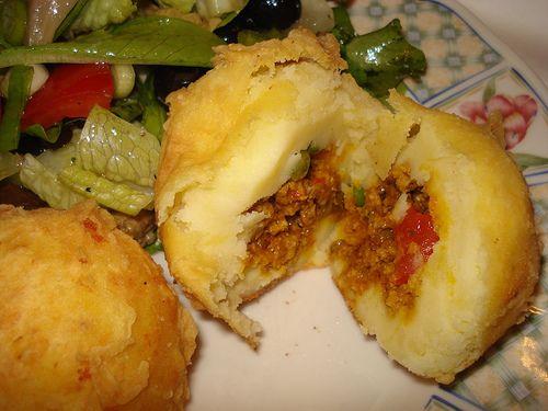 ATutorial Rellenos de Papa -- stuffed mash potato balls