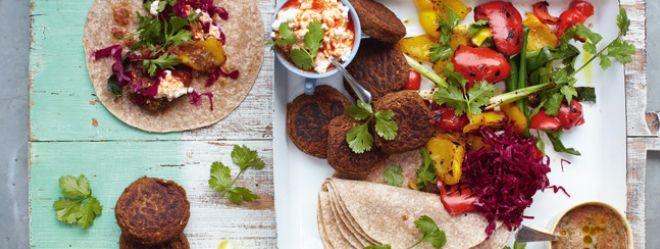 Zeste | Wraps de falafels, légumes grillés et salsa