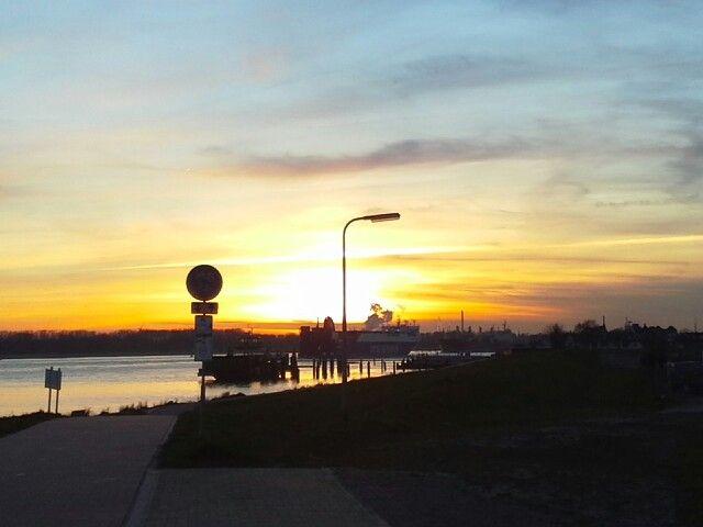 Sunset maassluis