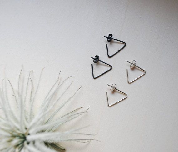 Triangle earrings, minimalistic punky earrings, sterling silver, 0.8mm, gold…
