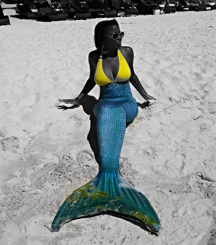 Mermaiding in the Philippines #boracay #mermaid