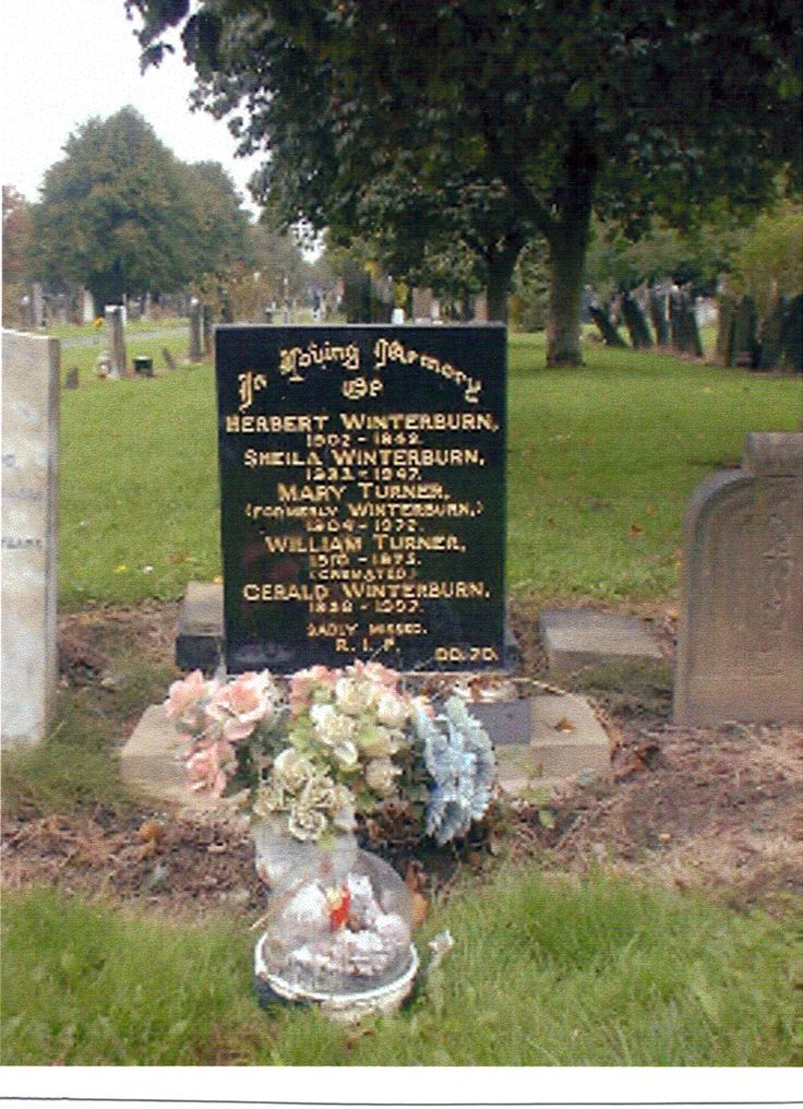 Winterburn family grave - Gorton Cemetery, Hyde Road, Manchester. - Mother's Eldest brother's (Herbert Winterburn) and his family.