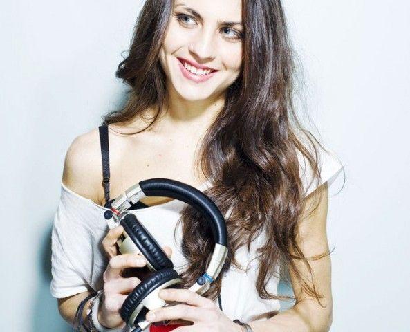 If you're a fan of strong #women in #music, you should meet Xenia Ghali via Starpulse #music #DJ