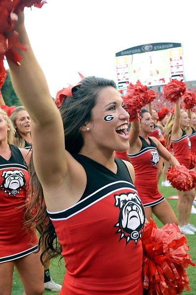 20 Amazing College Football Cheerleaders: Midseason Round-up | AthlonSports.com