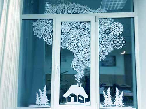 как украсить дом снежинками