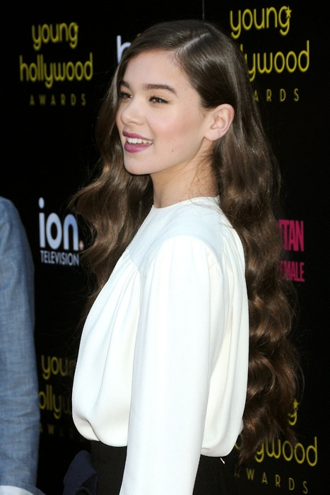 Age-appropriate, always chic. Hailee Steinfeld is so much cooler than I'll ever be. And she's not even 15 yet.