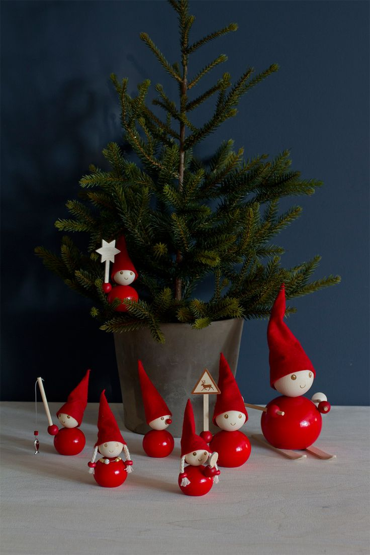 How to make a christmas elf decoration - New Elf Memebers Aarikka Table Decoration