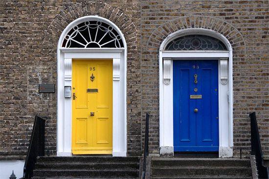 yellow door. blue door. door doors...Primary Colors, Blue Doors, Doors Doors, Cobalt Blue, Front Doors, Colors Combinations, Colors Doors, Yellow Doors, Bright Colors