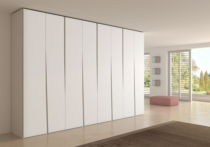 Lacquered wardrobe SIPARIO by EmmeBi   design Claudio Lovadina