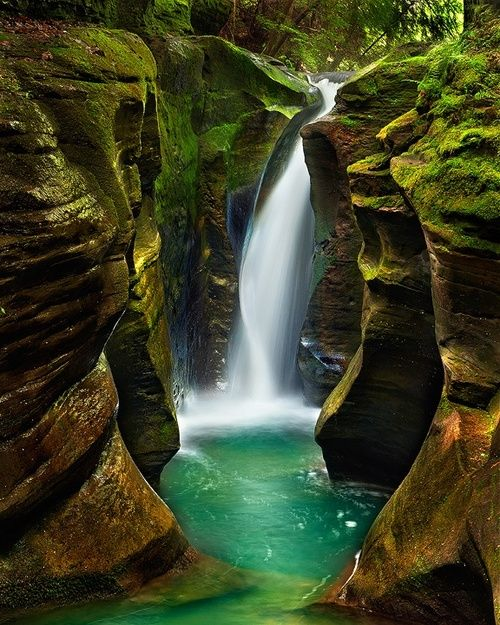 Hunt for the elusive Corkscrew Falls in Hocking Hills State Park