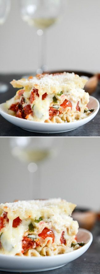 White Pizza Lasagna by /howsweeteats/ I http://www.howsweeteats.com