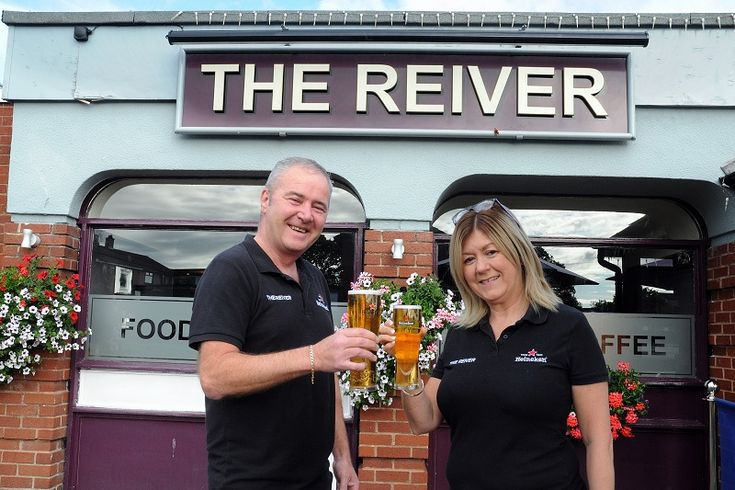 Carlisle pub wins national Heart of the Community Award http://www.cumbriacrack.com/wp-content/uploads/2017/11/Reiver-017.jpg The Reiver on Holmrook Road, Carlisle has beaten off competition from over 1,000 pubs around the UK to win the Heart of the Community Award    http://www.cumbriacrack.com/2017/11/17/carlisle-pub-wins-national-heart-community-award/