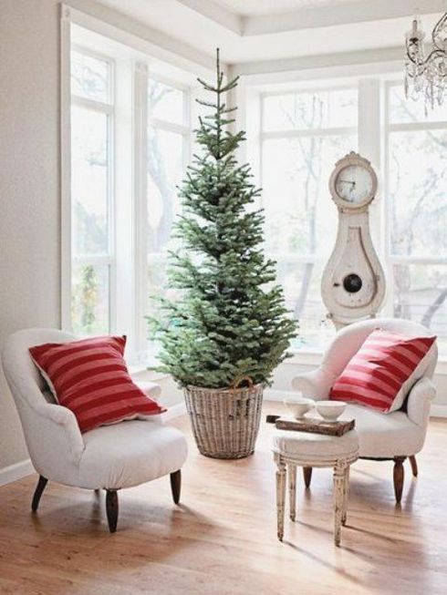 50+ Simple Christmas Decorating Ideas for Small Spaces Christmas