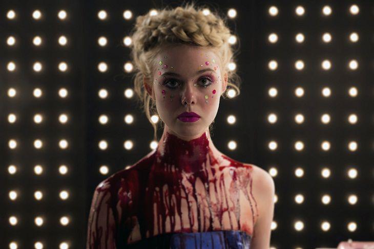Nueva imagen de Elle Fanning en 'The Neon Demon', lo nuevo de Winding Refn.