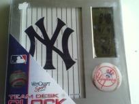 MLB NY Yankees Digital Desk Clock NIB Free Shipping