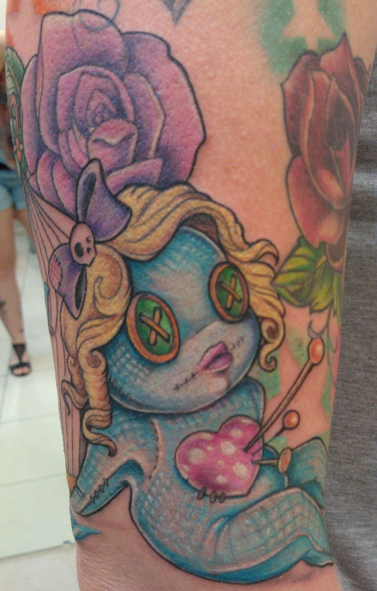 Poupée vaudou full color style newschool  #tattoo #tatouage #voodoo #doll #poupee #vaudou #newschool #couleur #ink #art #inked