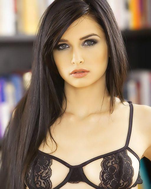 Zoey kuch